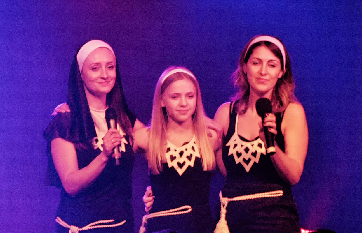 Kelly, Eve & Laura Macdonald - Sister Act