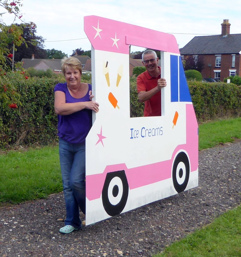 ... then the Ice Cream van drove home! (JW)